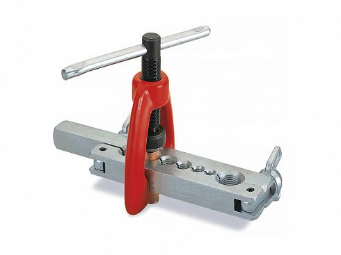 Инструменты и оборудование для развальцовки труб